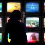 """CCXP 19: """"Mulher-Maravilha não carrega armas"""", afirma Gal Gadot"""